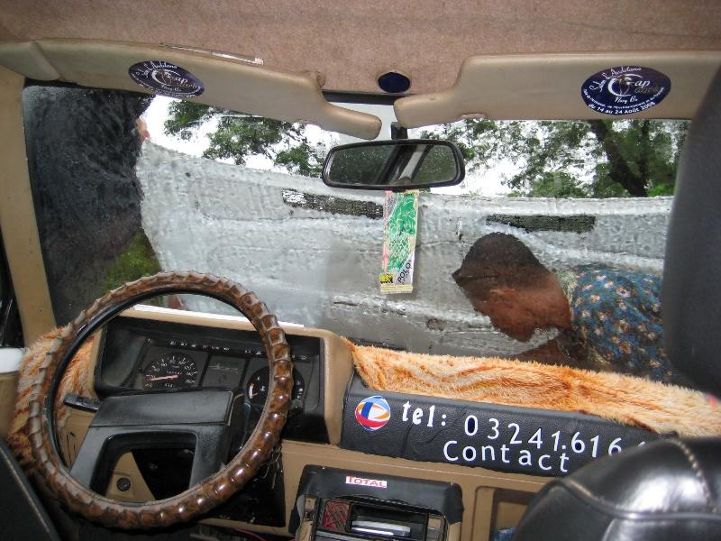Taxi Cyclone Madagascar