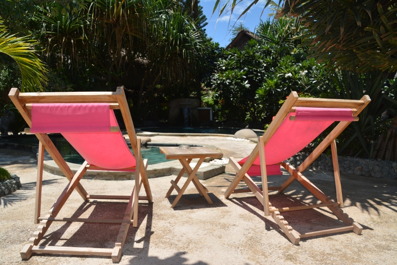 The Sunrise Hotel on Gili Air has a lovely pool area -  Copyright by Ants-in-our-pants.com