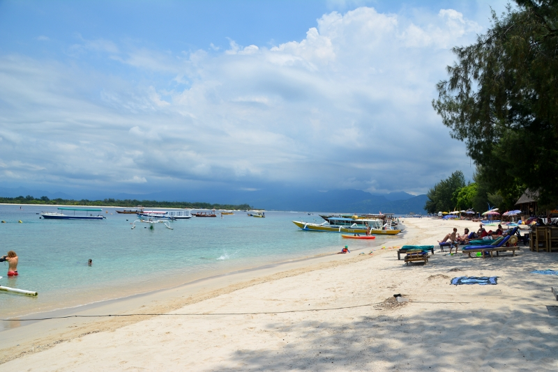 Beautiful beaches on Gili Trawangan - Copyright by ants-in-our-pants.com